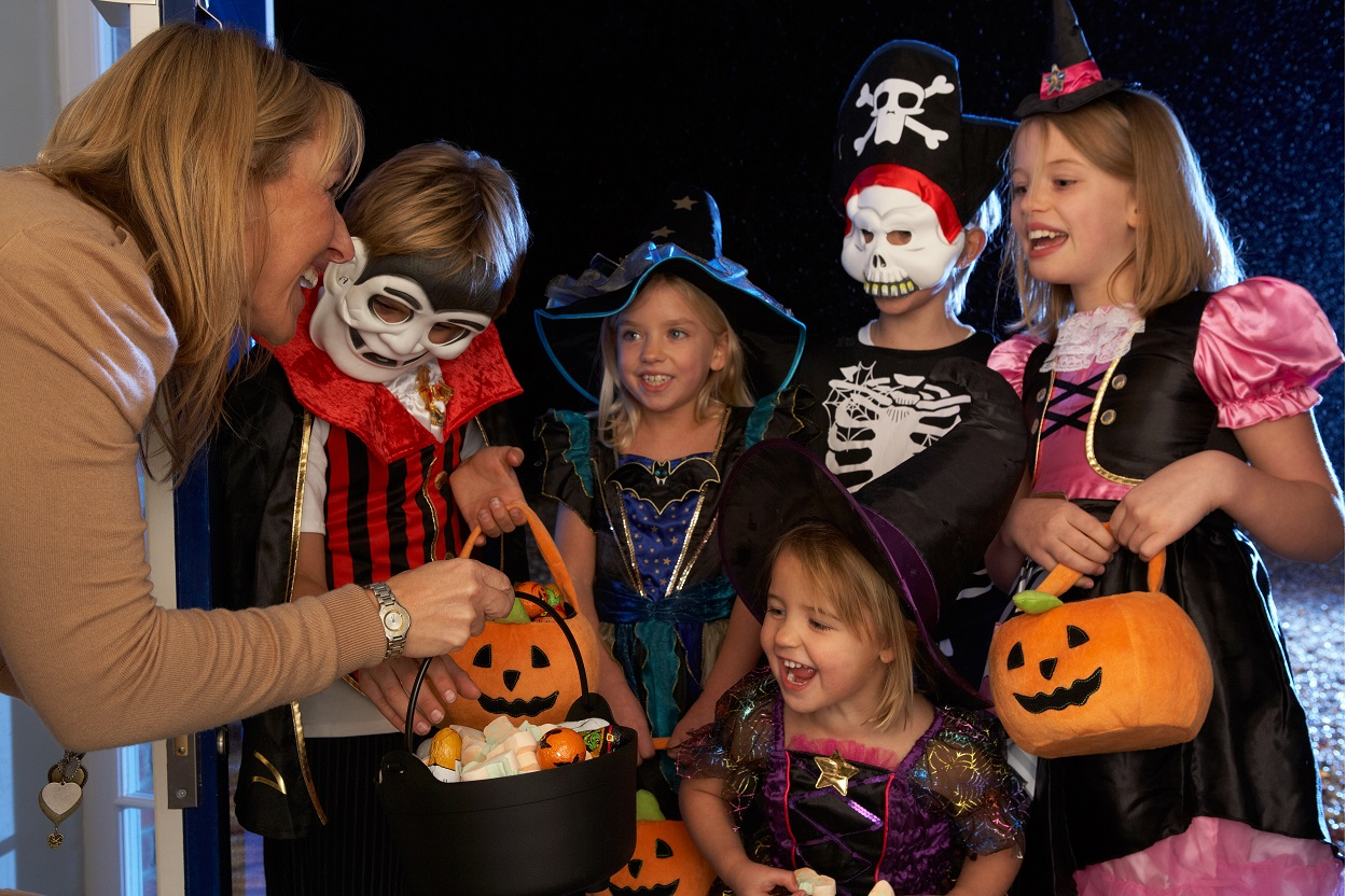 Trick-or-Treat for Mom!